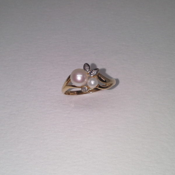 pärliga sõrmus